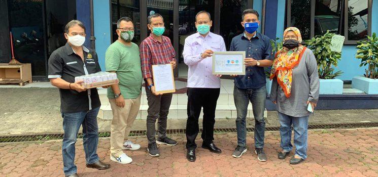 Peduli Covid 19 PWI Jabar Terima Bandung dari Nestlé Indonesia 2