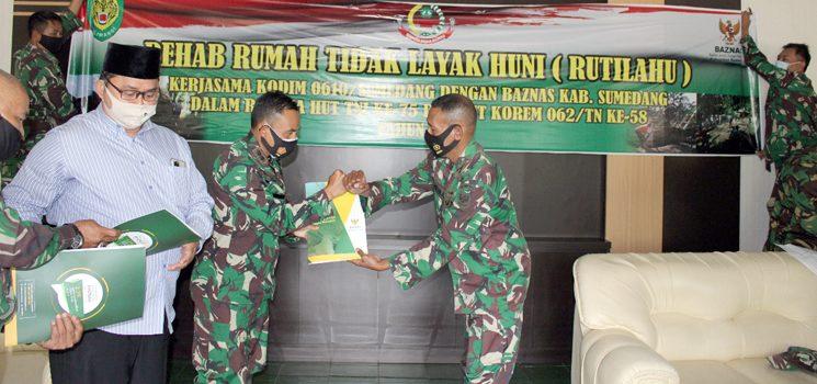 Kodim 0610 Bersama Baznas Rehab Sejumlah Rutilahu di 14 Koramil Wilayah Sumedang