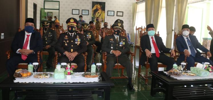 DPRD Sumedang Apresiasi TNI Bantu Pemerintah Hada