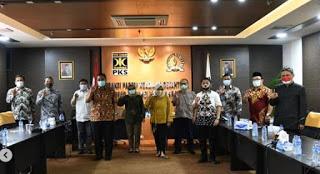 Pimpinan dan anggota FPKS DPRD Jabar