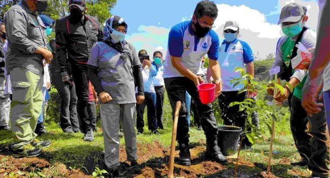 HUT Ke 49 KORPRI Pemkab Sumedang Tanam 1000 Pohon