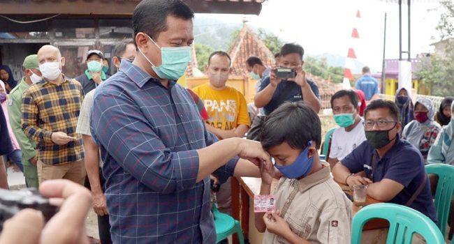 Jumat Berkah Bupati Sumedang Kunjungi Desa Guntur Mekar