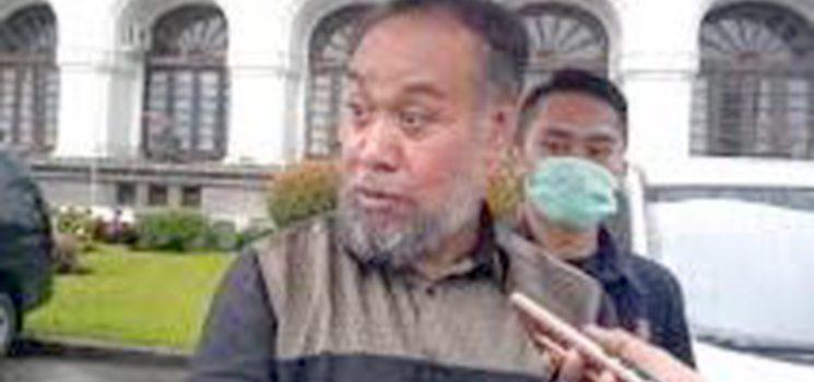 Ketua Komisi 5 DPRD Jawa Barat Dadang Kurniawan 9