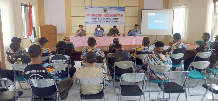 Pertanyakan Pagu Anggaran Sejumlah Anggota GMBI Sumedang Datangi Kantor Kecamatan Cisitu