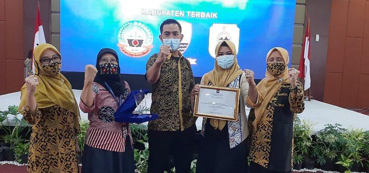 Terbaik Ketiga Wilayah Regional II Sumedang Raih Penghargaan Kemendagri dalam Pelaksanaan 8 Aksi Konvergensi Penurunan Stunting