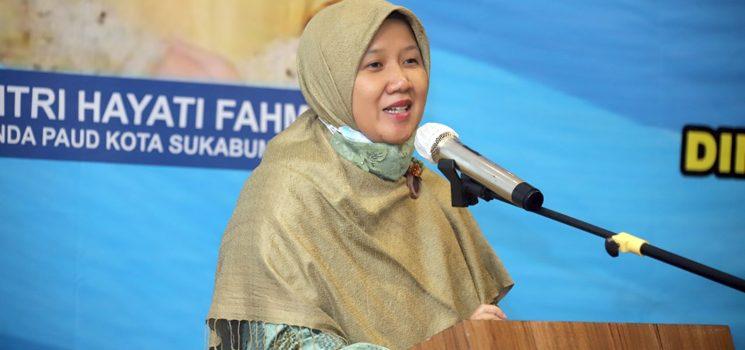 Fitri Hayati Fahmi Buka Kegiatan Pembinaan Bunda PAUD se Kota Sukabumi