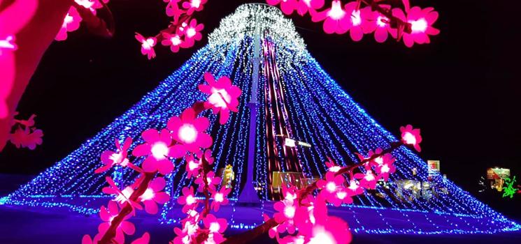 Gemerlap Lampu lampu Hias Cipanteneun Night Show Membuat Pengunjung Terpukau 2