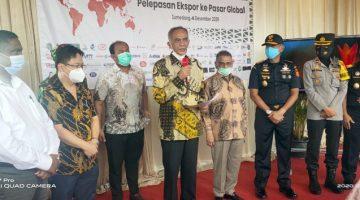 Jabar Diwakili PT Kwalram Presiden Jokowi Serentak Melepas Ekspor Barang Keluar Negeri di 11 Provinsi