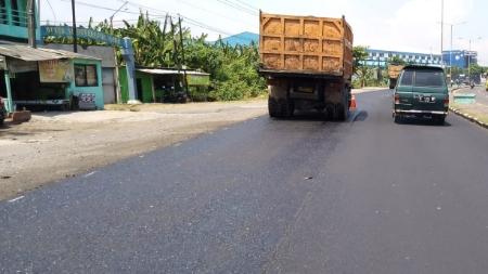 Pekerjaan Long Segmen Jalan Nasional Jatim Bali