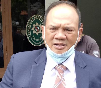 Penasihat Hukum Efran Helmi Juni di PN Tipikor Bandung Jalan LL RE Martadinata