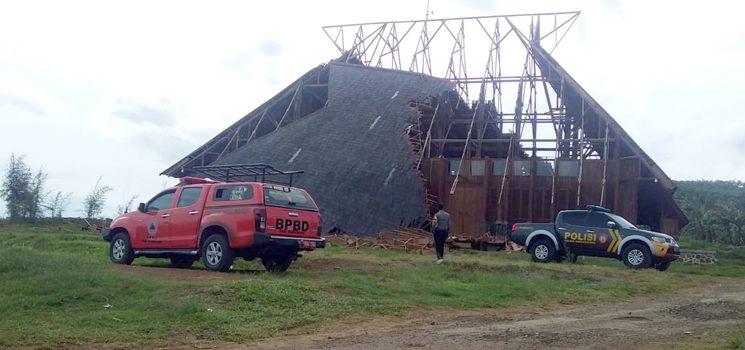 Perkimtan Sumedang akan Mengkaji Robohnya Atap Bangunan Gedung Geo Theater