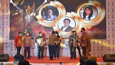 Sekda Kabupaten Sumedang Raih Anugrah ASN Award 2020 dari Kemenpan RB 2