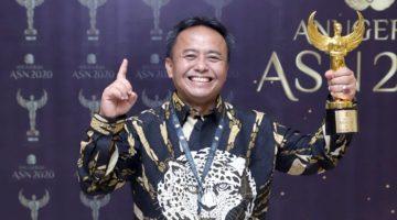 Sekda Sumedang Menjadi Top Three PPT di Anugerah Aparatur Sipil Negara 2020