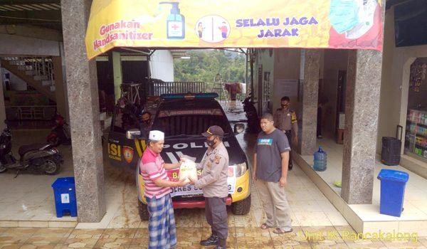 TNI Polri Salurkan Bantuan untuk Warga Panti Sosial di Rancakalong