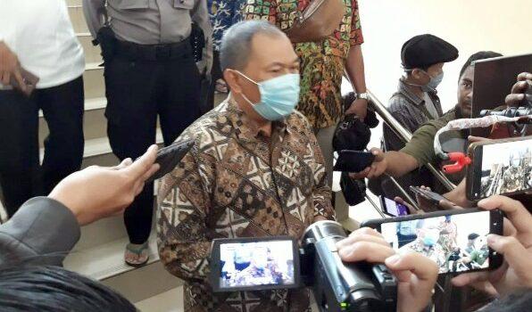Wali Kota Bandung Oded M Danial Usai Menjalani Pemeriksaan Penyidik KPK di Markas Sat Sabhara Polrestabes Bandung 492020