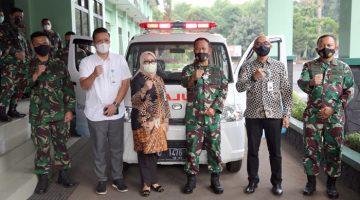 bank bjb Serahkan Dukungan Ambulans untuk Pussenarhanud Kodiklatad