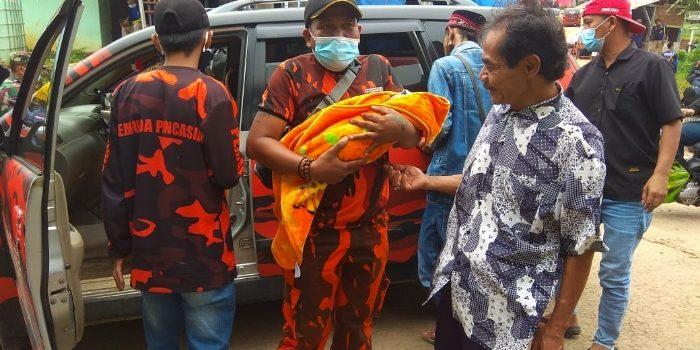 Anggota PP Cimanggung Selamatkan Maryani yang Hend