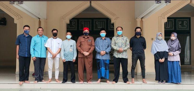 Tim Lomba Website Masjid Pusdai Kunjungi Ikomah
