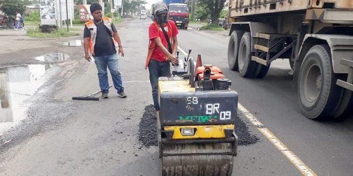 Turunkan Lima Tim Salob Kerusakan Jalan Ruas Kertosono Jombang Mojokerto Gempol Diperbaiki