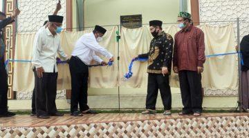Wakil Bupati Sumedang Resmikan Masjid Jamie Ahlaqhul Muhajirin di Desa Cipacing