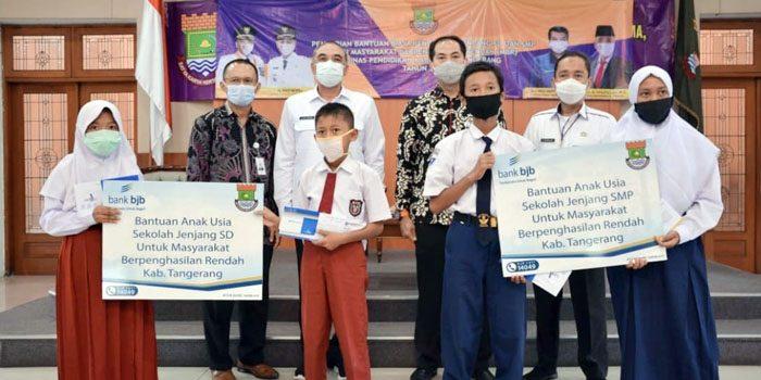 bank bjb Fasilitasi Bantuan Pendidikan di Tangerang