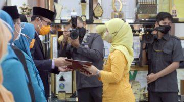 248 ASN Pemkot Sukabumi Terima Tanda Kehormatan Satyalancana Karya Satya dari Presiden