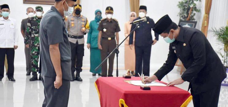Dony Ahmad Munir Lantik 22 Pejabat Fungsional Pemkab Sumedang