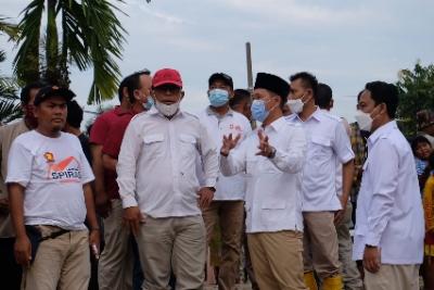 Legislator Gerindra Kompak Sebar Bantuan Banjir d