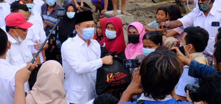 Legislator Gerindra Kompak Sebar Bantuan Banjir di