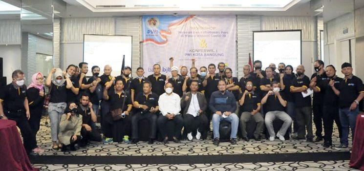 Aklamasi Andhy Pimpin PWI Kota Bandung Periode 2021 2024 1