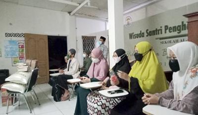 Berikan Bantuan H. Erwin Semoga Rumah Tahfidz Al Quran Lahirkan Hafiz dan Hafizah Terbaik 5