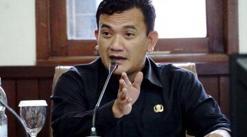 Kepala Dinas Pendidikan Jawa Barat Dedi Supandi 3