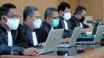 Ketua Majelis Hakim Sakit Sidang Dadang Suganda Kembali Ditunda