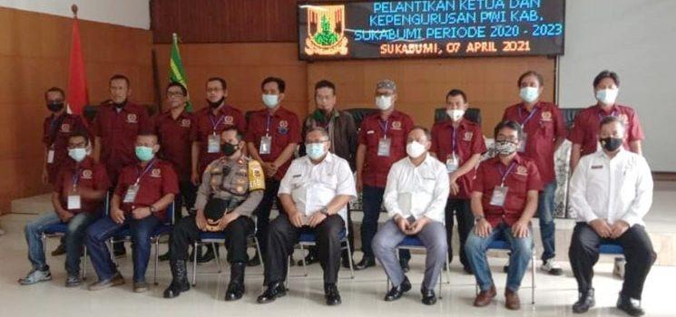 Penlantikan Pengurus PWI Kab. Sukabumi Bupati Wartawan Miliki Posisi Strategis dalam Membantu Pemda