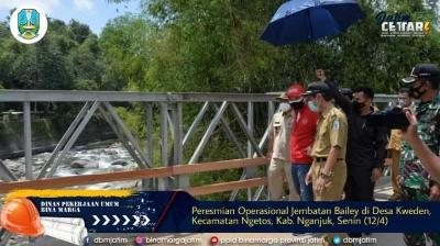 Resmikan Operasional Jembatan Bailey di Desa Kwe