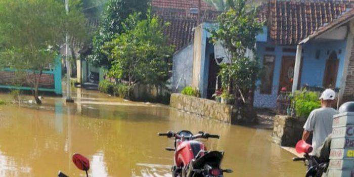 Tidak Diperhatikan Kampung Popojok dan Cabok Sudah Seminggu Direndam Banjir 1