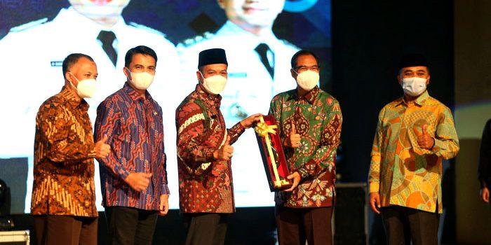 Wali Kota Siap Kuatkan Kolaborasi Bersama Bupati Wakil Bupati Bandung Baru