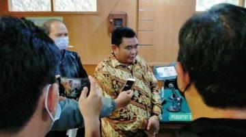 Dadang Suganda usai sidang di PN Tipikor Bandung