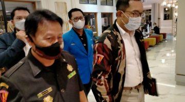 Gubernur Jawa Barat Ridwan Kamil bersama Ketum AMS