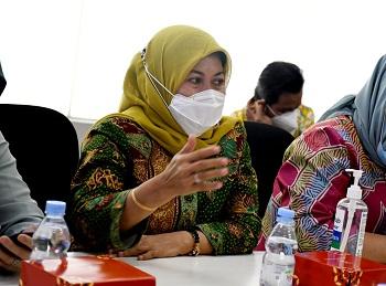 Anggota DPRD Provinsi Jawa Barat Daerah Pemilihan Jabar XII KabupateKota Cirebon dan Indramayu Yuningsih