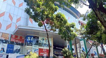 Tunggu Kebijakan Pemkot Bandung Pedagang Ancam Berjualan di Pinggir Jalan