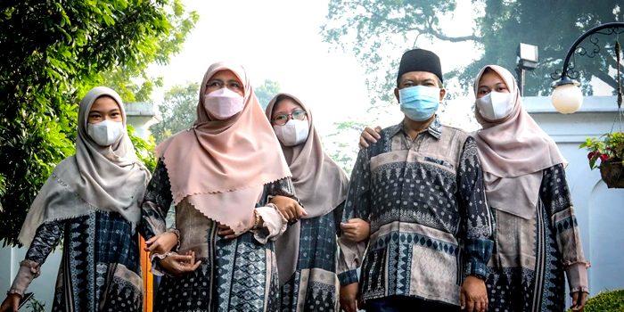Wali Kota Bandung Diam di Rumah Bagian dari Berkurban